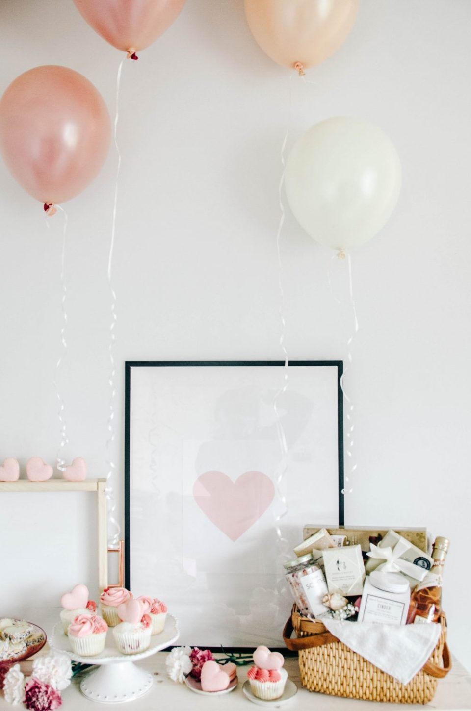 Valentine's Party Decor Inspiration | Valentine's Themed Gift Ideas