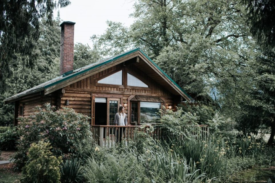 Rowena's Inn on the River & Sandpiper Resort Log Cottages | 10 Things to do Near Harrison Hot Springs