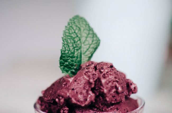 Recipe | How to Make Blueberry and Mint Frozen Yogurt