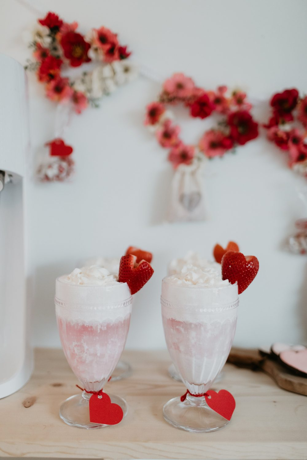 10 Party Decorations and Valentine's Food Ideas