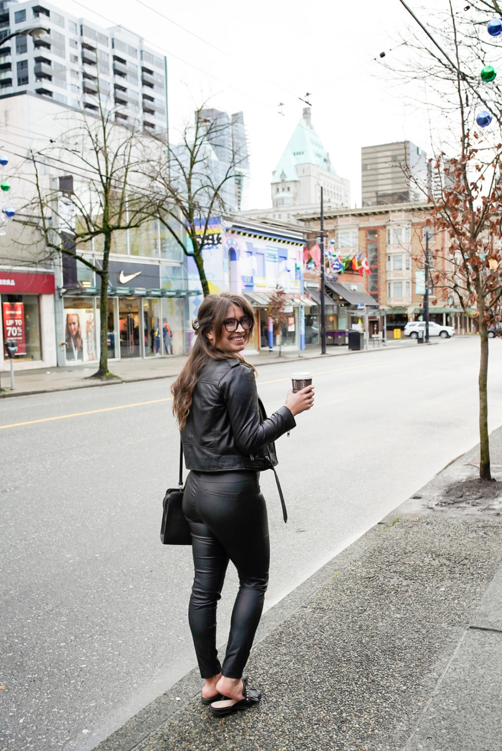 Shopping on Robson Street Vancouver | Things to do