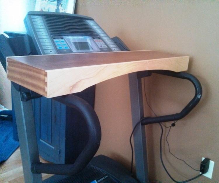 treadmill-desk-maple-sapele (2)