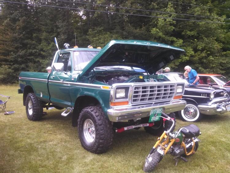 big-green-ford-truck