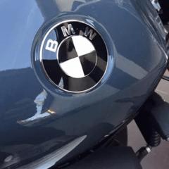 Stickers noir brillant pour badges de réservoir BMW 70mm