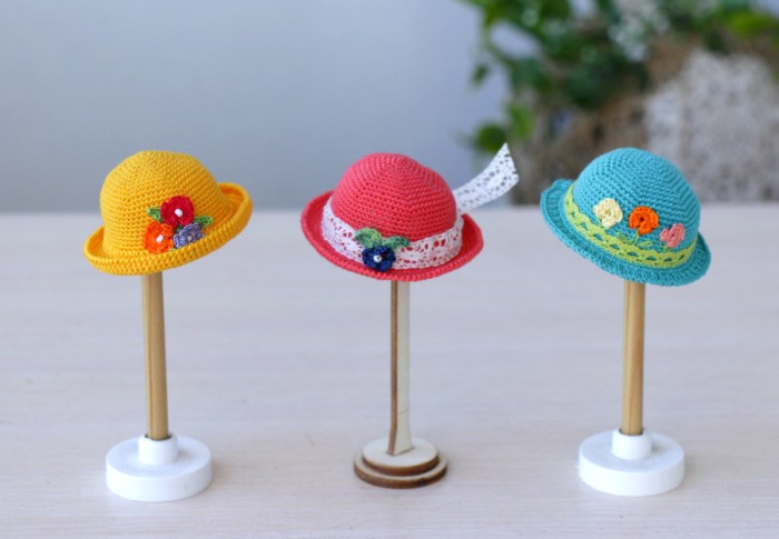 Hats for Dolls
