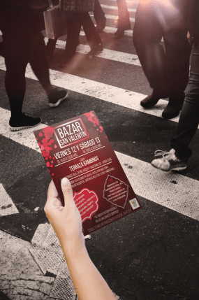 Mockup flyer evento valentin