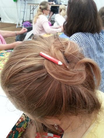 a most excellent and on-theme hair clip!