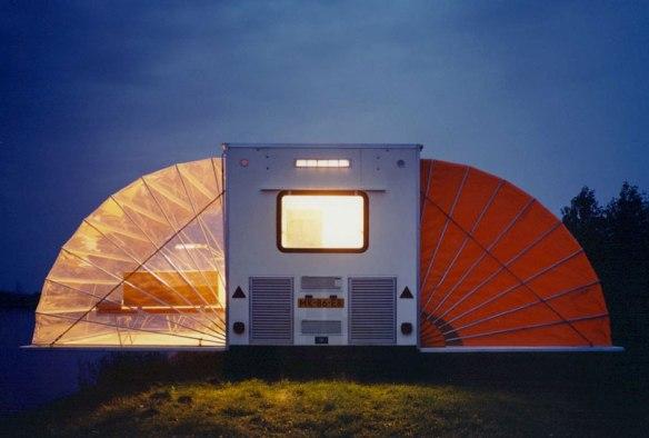 urban-camping-amsterdam-designboom-01