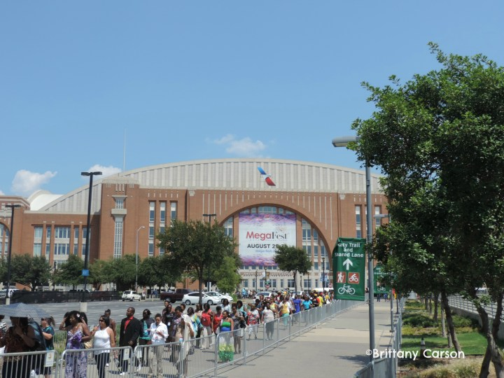 Leaving the American Airlines Center. Feeling exhilarated after an amazing closing session with Bishop Jakes.