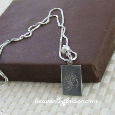 Jewelry Inspired: Custom Engraved Charm Necklace