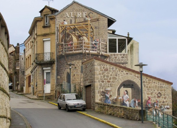 3D Murals On Side of a Building