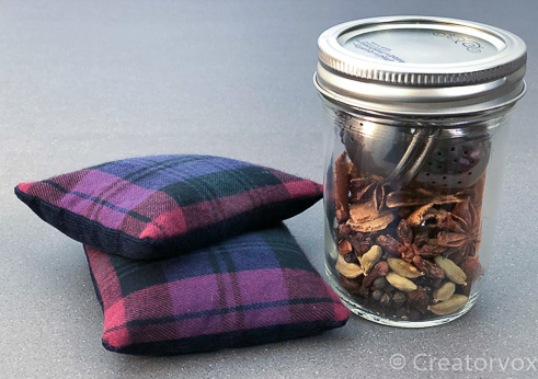 easy handmade gifts mulling spices with hand warmers
