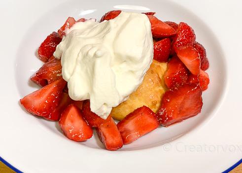 strawberry shortcake with homemade whipped cream
