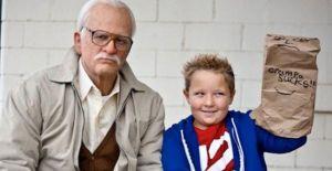 Jackass-Presents-Bad-Grandpa-Johnny-Knoxville-Jackson-Nicholl-570x294