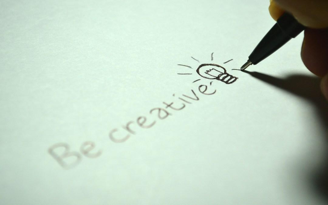 Testez votre créativité avec le jeu du rouleau de papier !