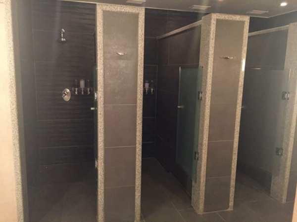Showers at Ako Spa, Grand Hyatt Santiago