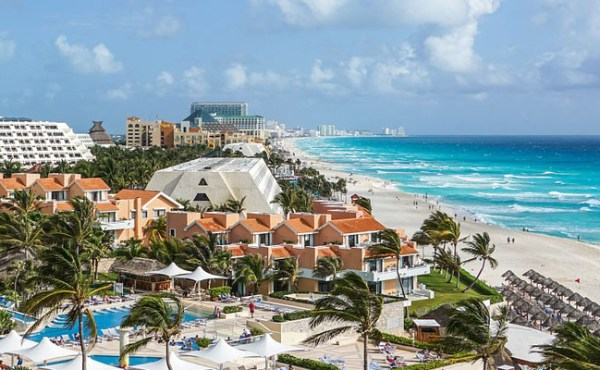 The best party hotels in cancun