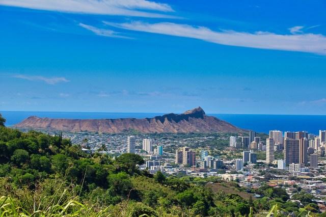 Best thing to do in Oahu - Waikiki Diamond Head
