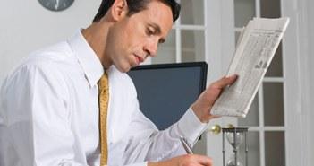 Men doing index investing