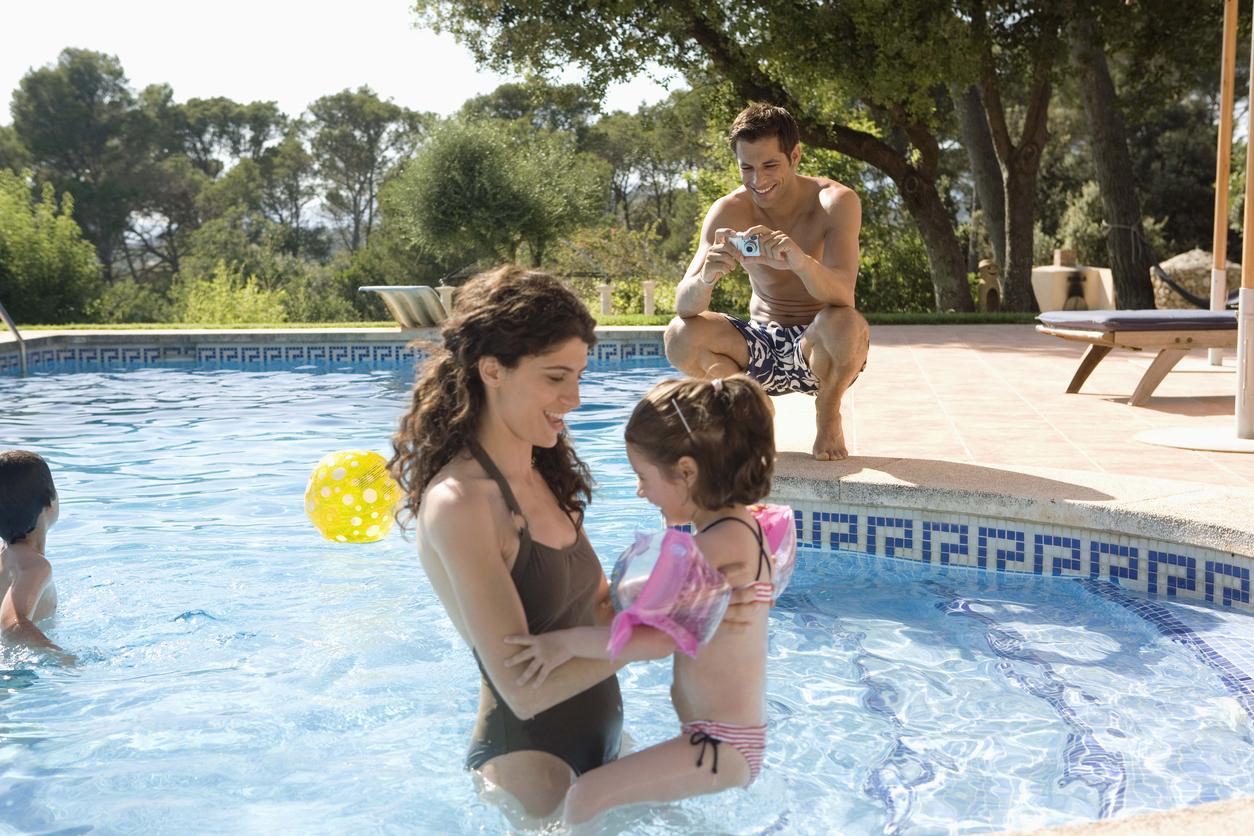 Enjoy Cashback Free Travel With the Family