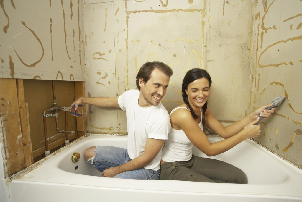 Use Home Improvement Credit Cards to Finance Home Remodeling
