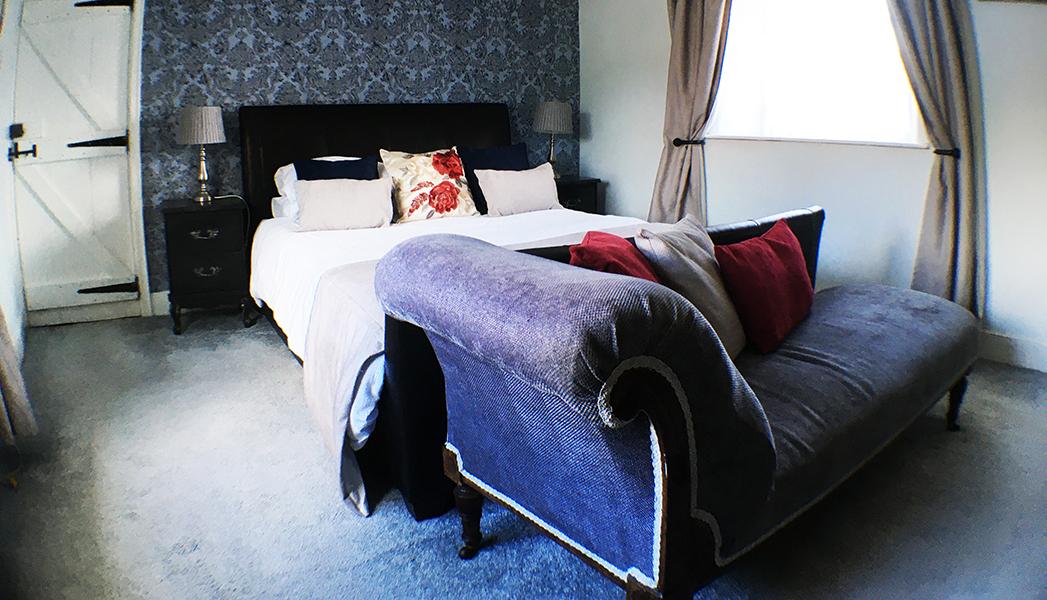 Hillside Bed & Breakfast, Sandford, Crediton, Devon