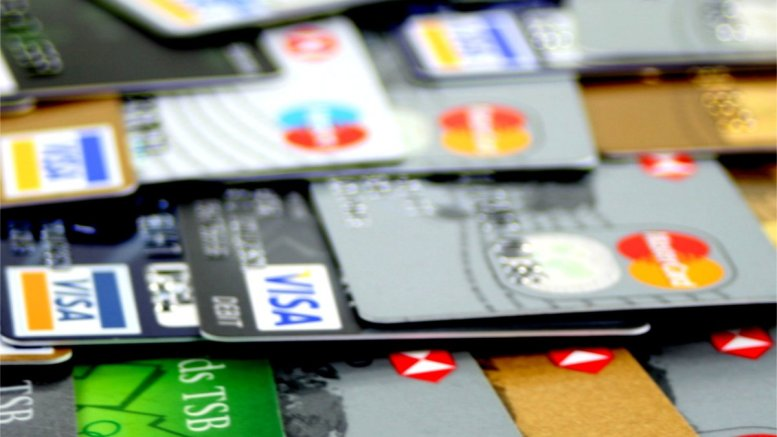 Top Tips to Combat Credit Card Debt