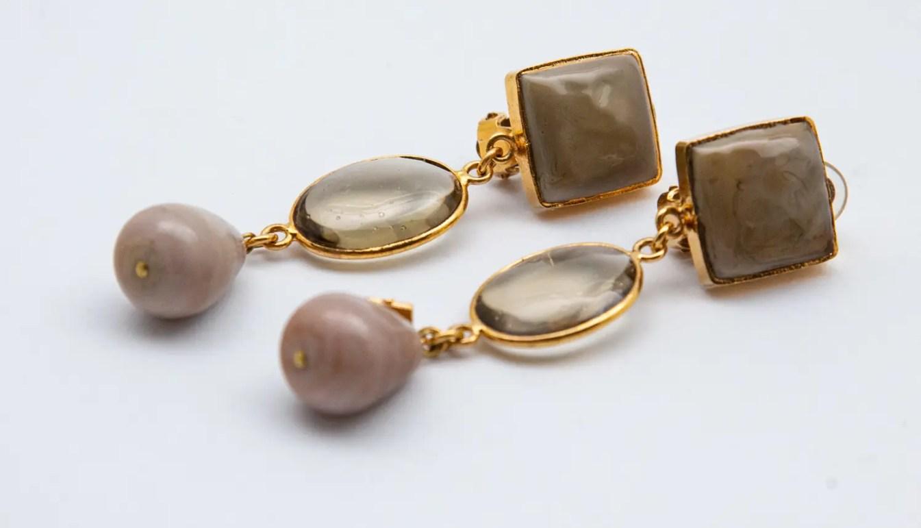 pate-de-verre-smoke-and-mocha-drop-earrings