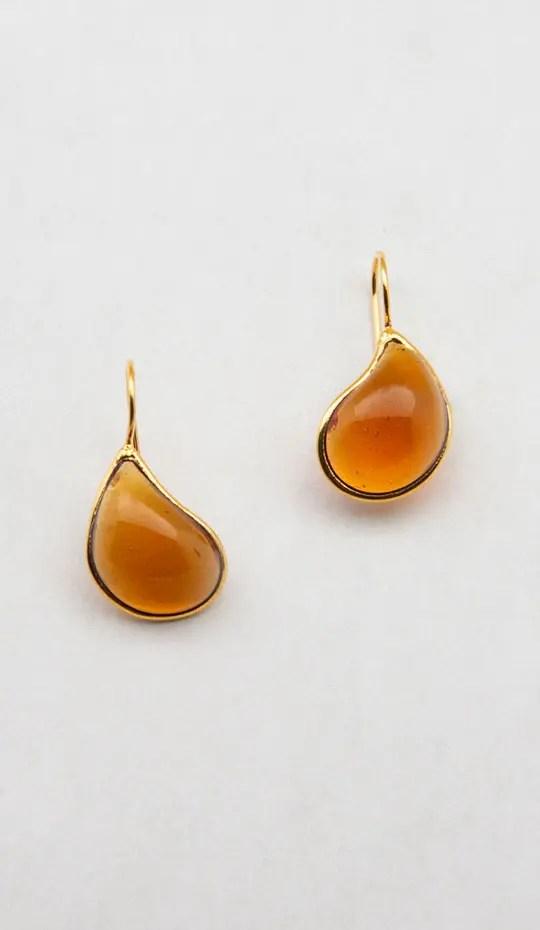 maple-honey-gold-glass-drop-earring