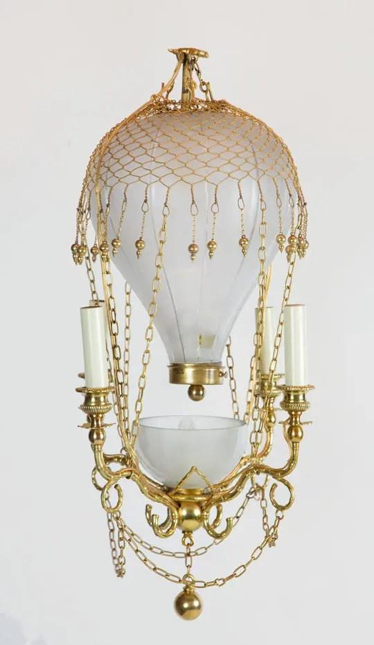 hot-air-balloon-chandelier