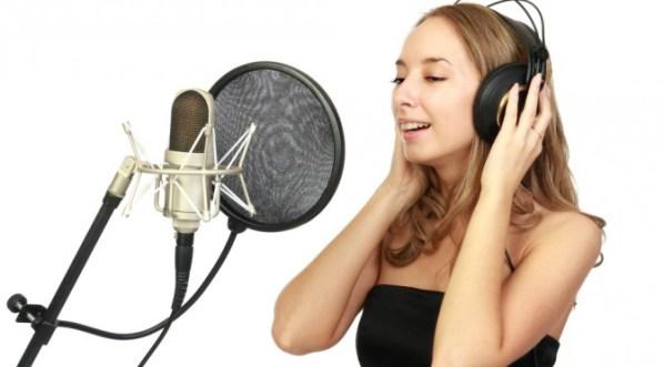 Chanteuse en studio