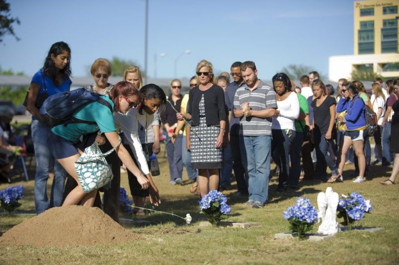 burial of ashes ceremony