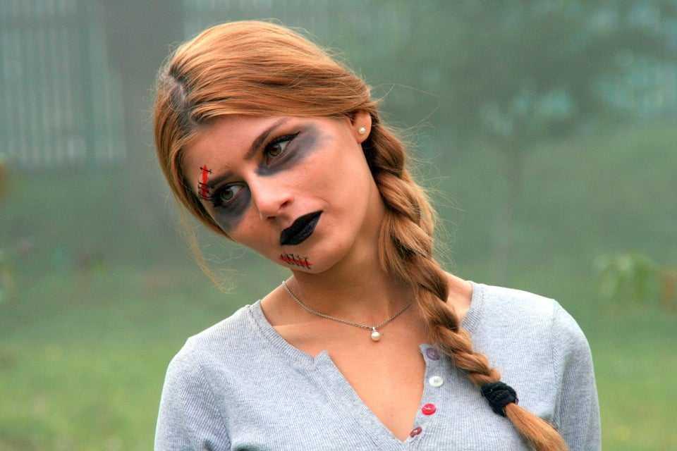 Allergie da cosmetici: come evitarle truccandosi per Halloween.