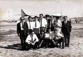 Mozos de Crémenes esperando la llegada de D. Juan de Argentina