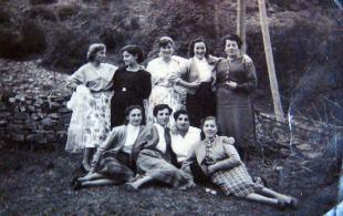 Socorro, Gelines, Josefa, ( ), Veni, Sari, Julita, Águeda, Sole