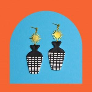 Vase Drops, Black and White - DSC 1790 500x500