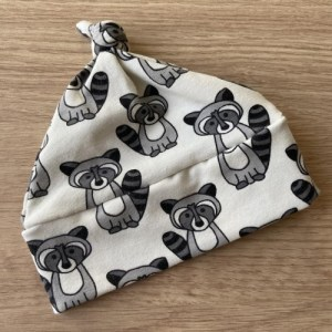Handmade Baby Top Knot Hat – Off White Raccoons