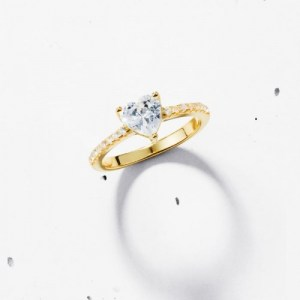 PAVE HEART SOLITAIRE RING – 925 STERLING SILVER (18K GOLD PLATED)