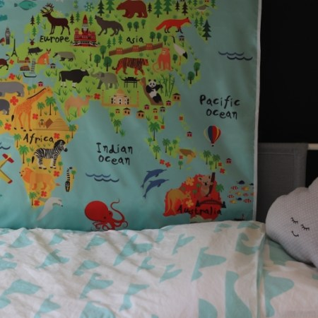 baby activity splash mat world map