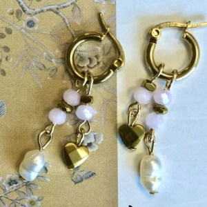 Earrings gold with pink crystal, pearl and gold charms - 2669dca39a6af3bd7405e89e0dc1fd3e9b109d97 500x500