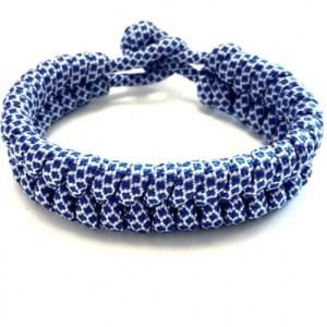 Mens bracelet braided paracord blue / white - a5d413ebffce90494e05e3ad92efad704ec451ea 500x500