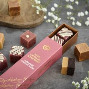 White Chocolate & Raspberry Fudge Slider
