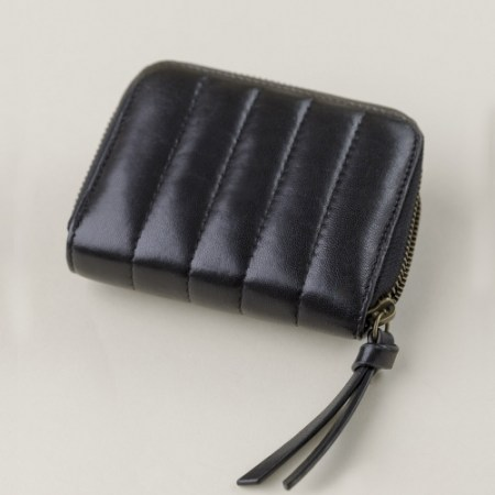 vegetable tanned lamb leather zip wallet