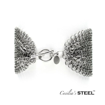 Wide stainless steel chain maille bracelet wiith toggle clasp by Cecilia's Steel