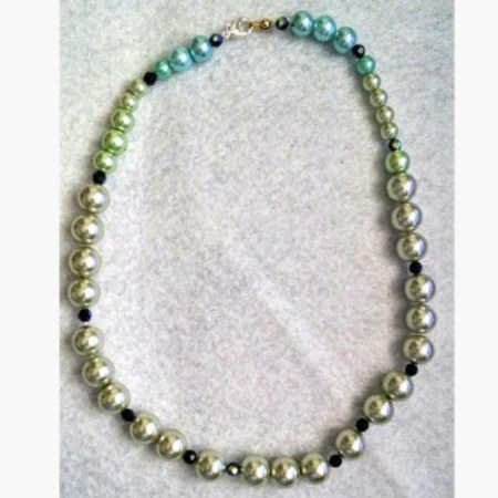 Counting Pearls Choker