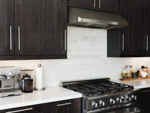 gas cooking range in a large home kitchen