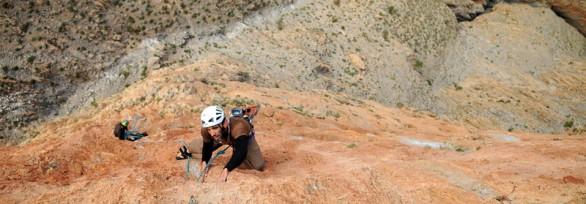 Crescendo Escalade - stage escalade Calanques, Verdon, Annot, Hautes Alpes - sorties et cours via ferrata, canyoning