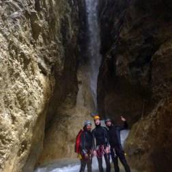 Les plus beaux canyons sportifs des Hautes Alpes (05) en famille ou entre amis et en petit groupe pour des sorties sportives en vacances