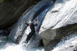 Un guide de canyoning pour une découverte en famille
