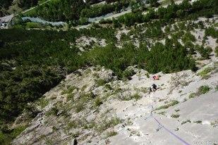 grande voie dans les Hautes-Alpes, initiation grande voie, escalade adulte